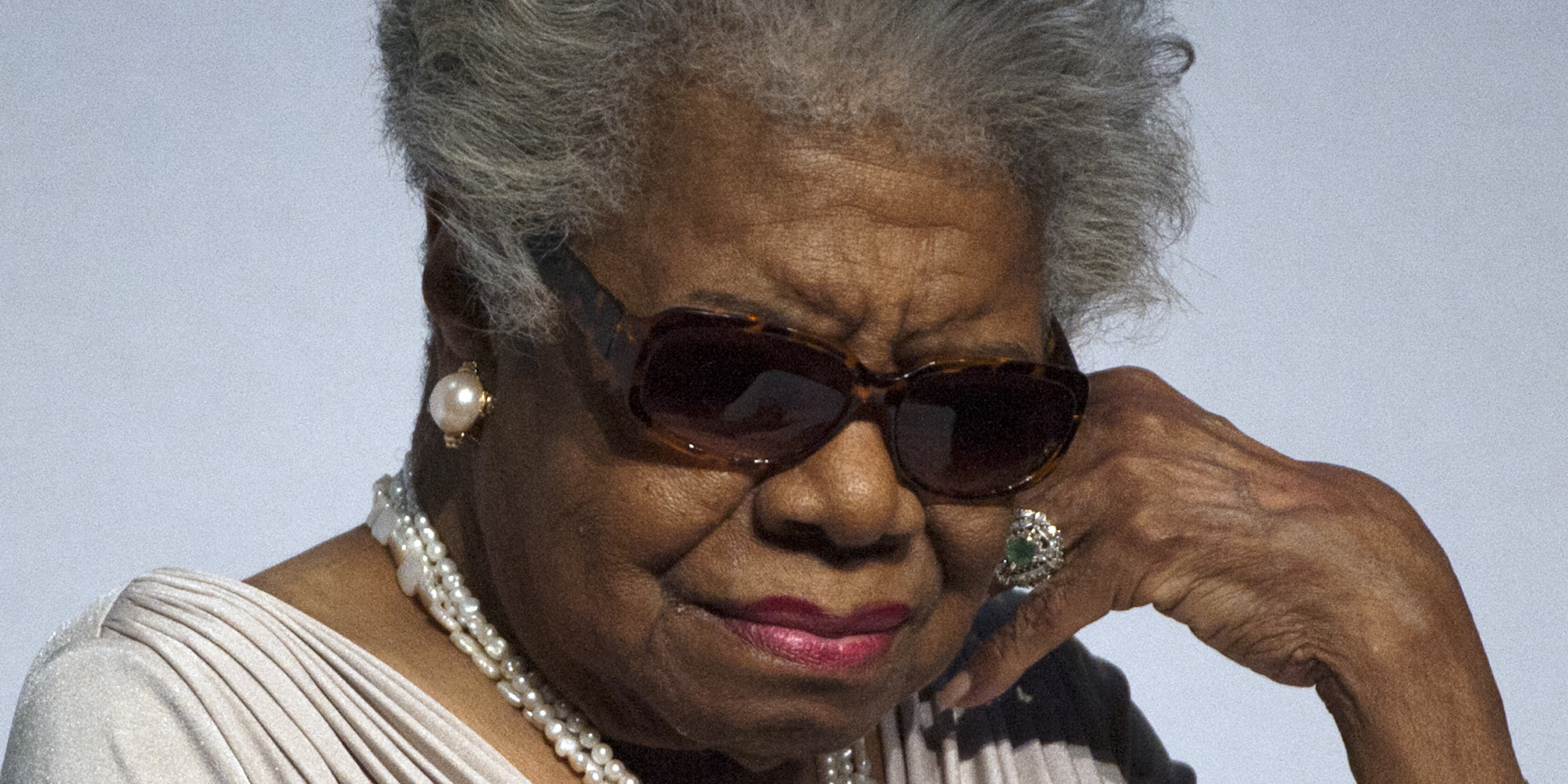 maya angelou 5 Maya angelou is a phenomenal woman she was born into a devastating decade, that suffered numerous tragedies not only had society shaped her as a woman, she has also.