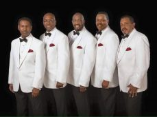 Larry Braggs with the temptations